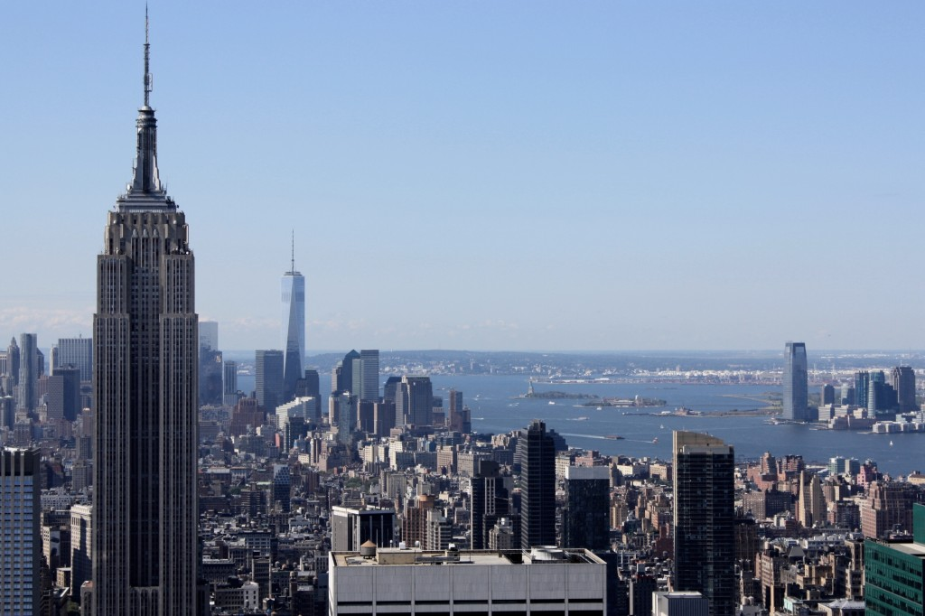manhattan-new-york-empire-state-building-travelgrip-1024x682